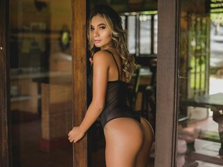 BonnieDune nude anal