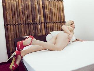 DaphneAdeona naked show