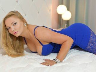 MelodyEverson private shows